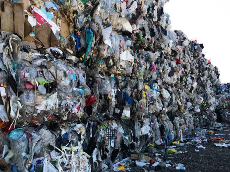 Trash Plastic